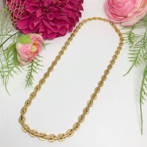 """⚜️VINTAGE Gold-Tone Knot Chain - 19"""""""